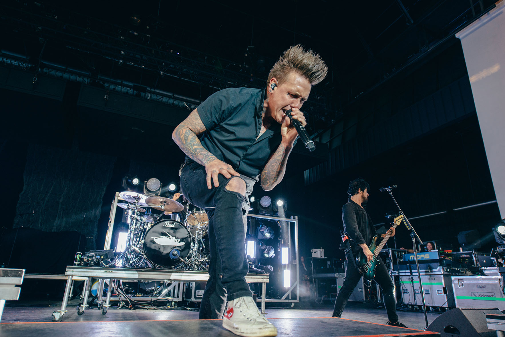 jacoby shaddix papa roach band concert rock photo photography image