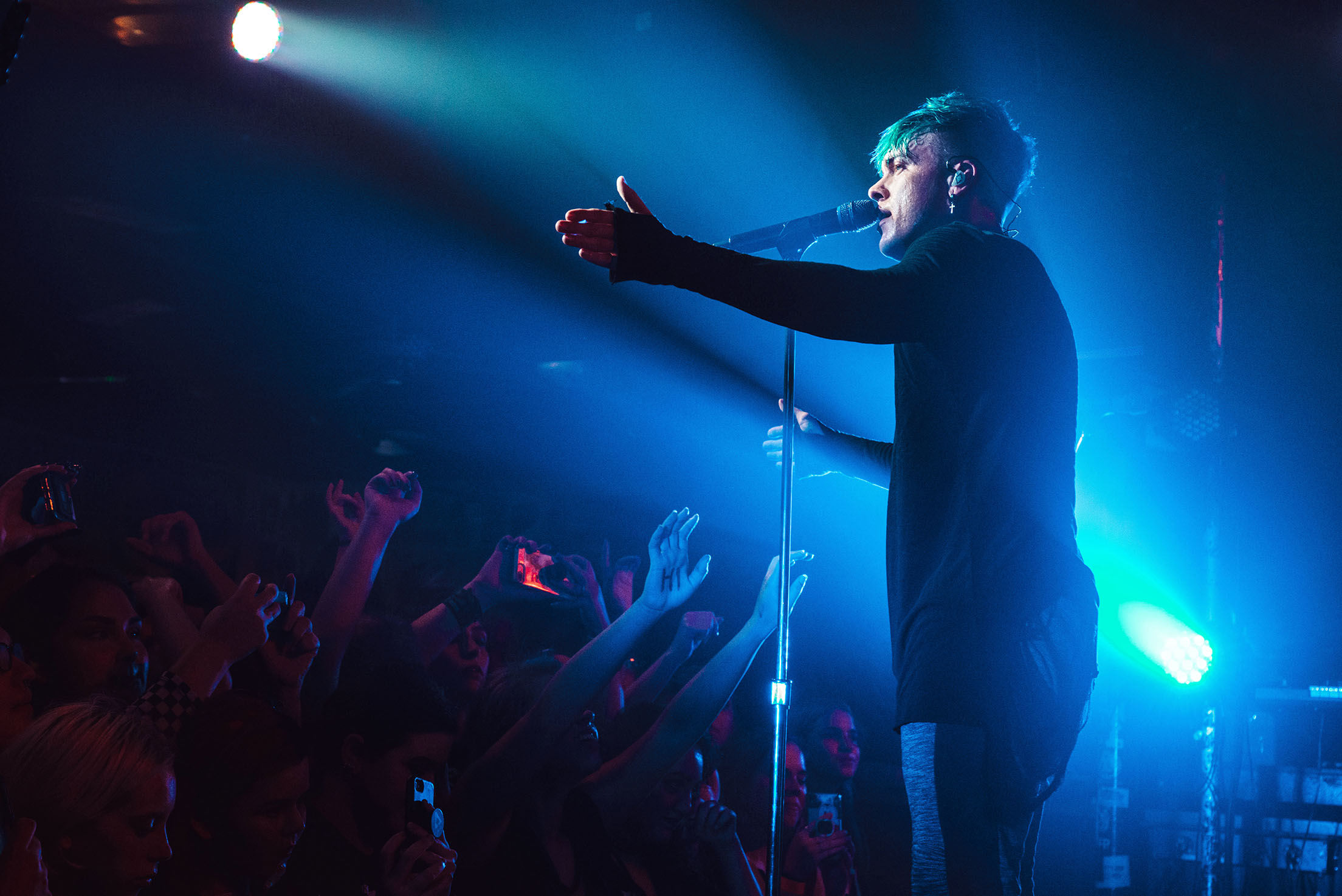 set it off cody carson lead singer band concert rock photo photography image